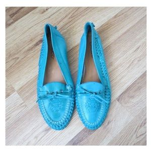 Vintage turquoise leather moccasins loafers